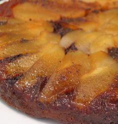 Recette de Gâteau renversé poires-chocolat : la recette facile by loretta Sweet Recipes, Cake Recipes, Dessert Recipes, Desserts With Biscuits, Thermomix Desserts, Food Cakes, Love Food, Brunch, Easy Meals