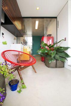 Apartamento Panamby by DT estúdio arquitetura | HomeDSGN, a daily source for inspiration and fresh ideas on interior design and home decoration.