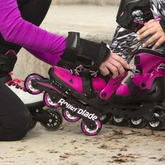 Everyone loves a comfortable skate. The Rollerblade® kids line of skates are exactly what kids want to wear for their rolling adventures. Kids Line, Inline Skating, Make Time, Baby Car Seats, Skates, Children, Families, How To Wear, Young Children