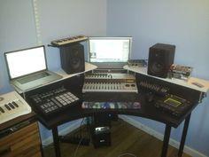 nice home studio setup idea