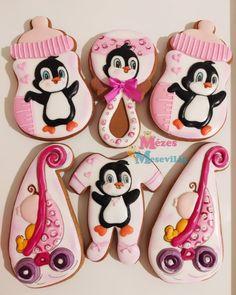 baby shower biscuits Baby Shower Biscuits, Desserts, Food, Instagram, Crack Crackers, Tailgate Desserts, Deserts, Essen, Postres