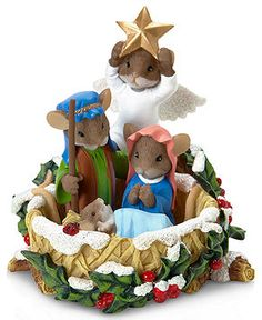 Charming tails nativity