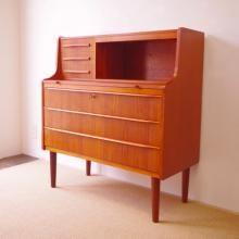 Bureau | こまものと北欧家具の店Salut(サリュ):目黒区・ウェグナーを中心とした北欧家具・フランスアンティーク・生活雑貨を販売