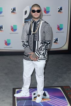 Pin for Later: All the Fiery Red Carpet Looks You Need to See From This Year's Premios Juventud Farruko