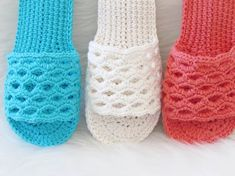 A new Crochet Woman's slipper pattern for spring. They are perfect for those lazy days where you want to stay in your PJs and read a book, paid pattern. Crochet Sandals Free, Crochet Slippers, Felted Slippers, Crochet Designs, Crochet Patterns, Crochet Stitches, Knit Crochet, Crochet Summer, Crochet Vintage