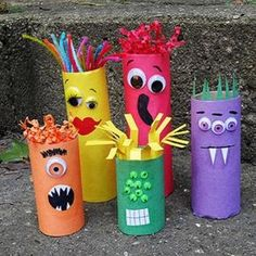 Cardboard Tube Crafts for Kids - Crafts by Amanda Cardboard Tube Craft: Make a Colorful Ghoul Family! These are ADORABLE and perfect for Halloween! But monsters are great any time of year, s. Want great hints about arts and crafts? Go to our great site! Kids Crafts, Halloween Crafts For Kids, Toddler Crafts, Preschool Crafts, Projects For Kids, Holiday Crafts, Halloween Ornaments, Space Crafts, Kids Diy