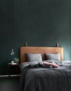 18 Elegant Bedroom Makeover Ideas With Small Budget Bedroom Green, Home Bedroom, Bedroom Decor, Bedroom Ideas, Design Bedroom, Bedroom Modern, Danish Bedroom, Green Bedrooms, Wall Decor