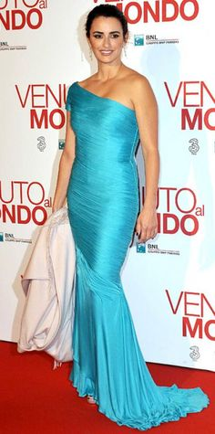 Look of the Day › November 6, 2012 WHAT SHE WORE At the Rome premiere of Twice Born, Cruz brightened things up in a vintage Versace gown and tiered Chopard danglers.