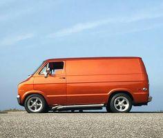 Dodge Van, Chevy Van, Station Wagon, Classic Chevy Trucks, Classic Cars, Gmc Vans, Rat Look, Old School Vans, Vanz