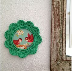 Crochet Frame (madebyroest) Photo by Giovabru