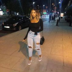 Trendy Winter Outfits To Help To Level Up Your Winter Style – Wass Sell - Trendige Outfits Chill Outfits, Dope Outfits, Cute Casual Outfits, Baddie Outfits Party, Teen Fashion Outfits, Skirt Outfits, Fashion Clothes, Fashion Mode, Look Fashion