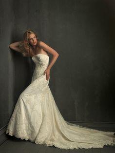 Allure Wedding Dress 8727