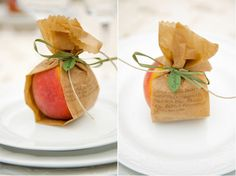 Peaches wrapped in the printed dinner menu and used as seating cards could not be more perfect. I just adore their simplicity- a great design for a large family gathering this fall.