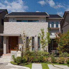 外観 Building Plans, Building A House, Future House, My House, Weekend House, House Entrance, Japanese House, Tiny House Design, Minimalist Bedroom