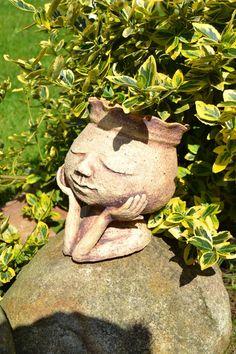 Zamilovaná / Zboží prodejce LidkaT | Fler.cz Face Planters, Ceramic Planters, Garden Planters, Concrete Crafts, Concrete Garden, Container Plants, Container Gardening, Garden Statues, Garden Sculpture