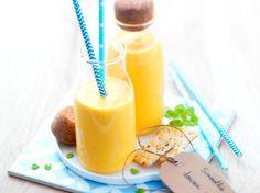 Smoothie douceur carottes, pommes et miel Fruit Défendu, Party Desserts, Dessert Party, Milkshake, Cantaloupe, Cocktails, Juice, Food And Drink, Smoothie Detox