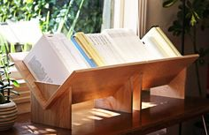Inspired by the Bruno Matthson Book Crib. A beautiful table top bookcase, made in California of natural birch ply. Tabletop Bookshelf, Desktop Bookshelf, Small Bookshelf, Bookshelf Design, Book Shelves, Wood Projects, Woodworking Projects, Woodworking Store, Popular Woodworking
