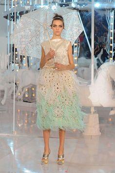 Louis Vuitton at Paris Fashion Week Spring 2012 - StyleBistro