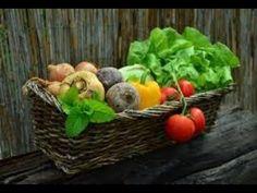ماده ای که بهتر از سرکه و جوش شیرین میوه جات و سبزیجات را ضدعفونی میکند - YouTube