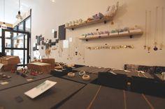 Bel'Arte,  toute petite boutique mettant en avant les créations des artistes belges.