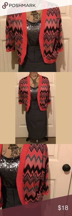 🆕 • nєw dírєctíσnѕ • Super cute chevron printed cropped shrug • preloved but lots of life left • no size tag but it's a large • top ( new directions ) and skirt ( express ) also listed in my closet 🛍Bundles of 5 or more items get 50% off!-either make offer on the bundle or comment on each item you want and I'll make a separate listing!🛍 📣Buyer responsible for extra shipping when likely to be over 5 lbs 📣 ❌Absolutely no trades! 🔵Color may vary in person! ◾️Serious buyers only!▪️ 😻 cat…