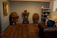 Lakatos Antique creates beautiful and unique furniture. Unique Furniture, Workshop, Corner, Antiques, Home Decor, Antiquities, Atelier, Antique, Decoration Home