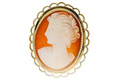 Yellow Gold Cameo Pin