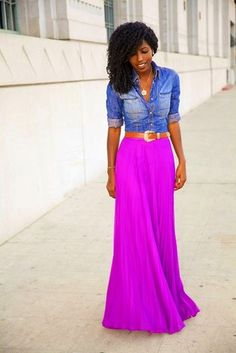 Neon maxi skirt + chambray shirt - different styles perfect outcome Mode Outfits, Fashion Outfits, Womens Fashion, Skirt Fashion, Fitted Denim Shirt, Denim Shirts, Pleated Maxi, Maxi Skirts, Striped Maxi