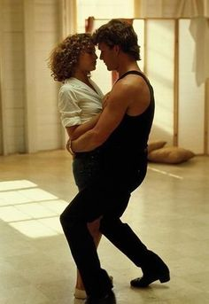 Dirty Dancing - Hungry Eyes Patrick Swayze is not dead! He's just teaching God how to dance ; Dirty Dancing, Patrick Swayze, Country Music, Jennifer Grey, Dance Movies, Movie Couples, Film Serie, Hollywood, Just Dance