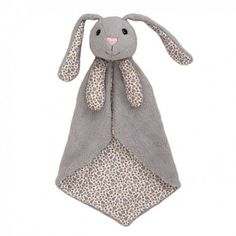 Delightfully soft, snuggly and cute organic baby security blankets from Apple Park are perfect for little ones to cuddle with. This pretty Picnic Pals Bunny blankie will be an instant best friend for your bundle of joy. Motifs Organiques, Bunny Blanket, Baby Comforter, Bedding, Oeko Tex 100, Security Blanket, Baby Store, Coton Bio, Organic Baby