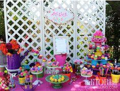 lasten juhlat puutarhateemalla: tarjoiluastioina kukkaruukkuja, kastelukannuja, saappaat...