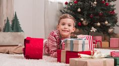 Video of best screen-free gifts for boys. Some great ones shown on here!!
