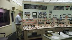 © Nuclear plants operators society Control Panel, Factors, Computers, Industrial, Rooms, Landscape, Plants, House, Quartos
