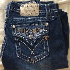 Gold Miss Me Jeans Golden Miss Me jeans. Boot cut. Size 29. NWOT Miss Me Jeans Boot Cut