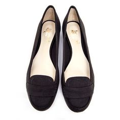 Joanie round toe flat vegan pump   black faux suede   cruelty-free vegan and vegetarian   made synthetic leather lining   vegane flache Schuhe   vegane Loafer   chaussures vegan