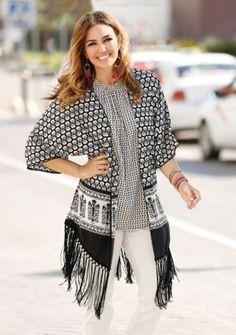 Košeľa s potlačou a strapcami Moda Boho, Boho Fashion, Curvy, Kimono Top, Outfits, Boho Style, Tops, Women, Beach