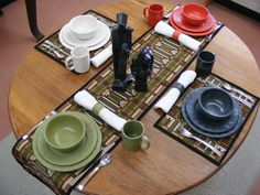 Love these dishes on Rennie & Rose placemats and a table runner - part of the Frank Lloyd Wright® Collection