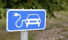 """El coche eléctrico """"motor"""" del turismo rural"""