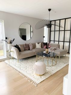Home Tour: Vanessa Valderrama – The Marble Home - Rani O. Home Tour: Vanessa Valderrama – The Marble Living Room Decor Cozy, Living Room Goals, Home Living Room, Apartment Living, Interior Design Living Room, Living Room Designs, Beige Living Rooms, Small Living Rooms, Modern Interior