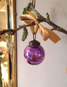 Small Mercury Glass Baubles. These baubles are absolutely stunning. Fabulous to…