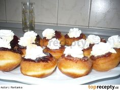 Bavorské vdolečky Czech Food, Czech Recipes, French Toast, Muffins, Breakfast, Cake, Fine Dining, Morning Coffee, Muffin