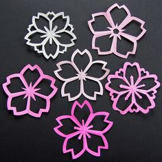 Sakura Kirigami instructions Great for the faux stained glass idea. Sakura kirigami = cherry blossoms paper cut outs (tips) sakura kirigami // five point snowflake style colorwork tam crown ideas Sakura Kirigami Cherry Blossoms --I tried it, it's super ea Origami And Kirigami, Origami Paper, Diy Paper, Paper Art, Paper Crafts, Diy Crafts, Foam Crafts, Paper Toys, Diy Flowers