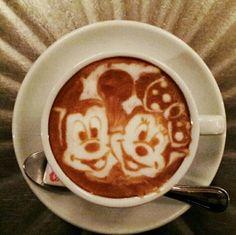 Mickey & Minnie. Incredible Latte Foam Art by Kazuki Yamamoto