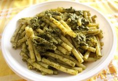 Ugolinon Seikkailut: BASILIKA-MANTELIPESTOPASTA Asparagus, Green Beans, Pasta, Vegetables, Food, Studs, Hoods, Vegetable Recipes, Meals