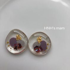 Resin Crafts, Resin Jewelry, Epoxy, Stud Earrings, Ideas, Manualidades, Stud Earring, Thoughts, Earring Studs