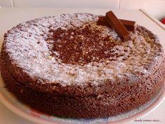Donde comen cinco....: Bizcocho fácil de chocolate