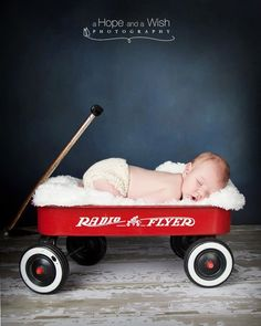 confessionsofapropjunkie.com great ideas for newborn photos