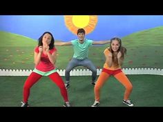 ♫♪ CAPERUCITA ROJA ♫♪ canción completa con baile - YouTube Facebook Emoticons, Online Music Lessons, Spanish 1, Zumba, Musicals, Youtube, Running, Videos, Sports