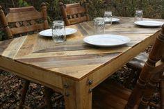 Aus Holz Brettern einer Palette eine Tischplatte gestalten