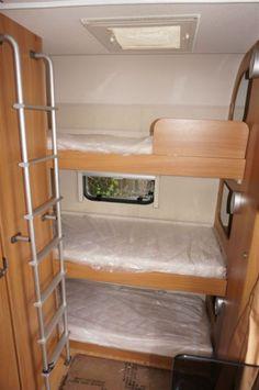 Lovely lightweight 5 berth caravan from Sprite. The Muskateer EB has facilities for the entire fami Camper Interior Design, Bus Interior, Van Conversion Interior, Camper Van Conversion Diy, Mercedes Camper Van, 3 Bunk Beds, Camper Beds, Bus Living, Rv Homes